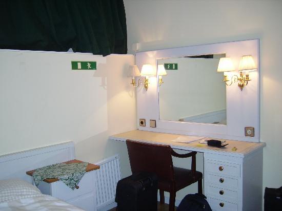 Hotel Tre Sma Rum : stanza