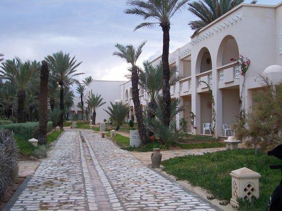 Zita Beach Resort: Bâtiments extérieurs