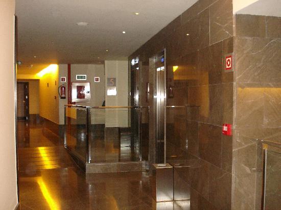 Hotel Molina Lario: Le hall des chambres