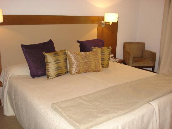 Hotel Molina Lario: La chambre
