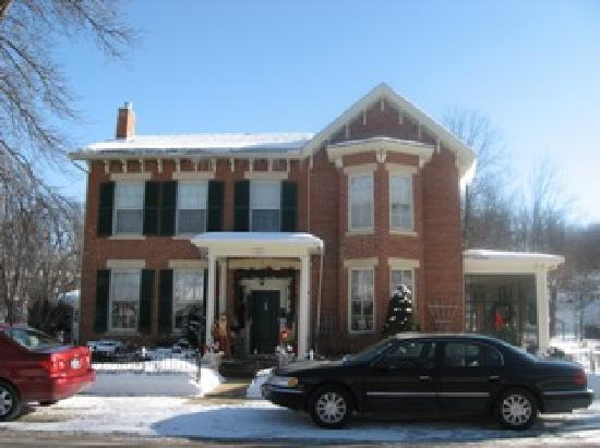 Aldrich Guest House front view