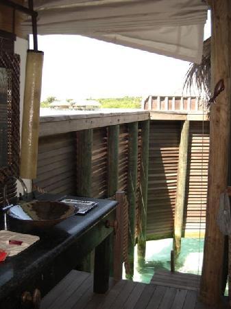 Gili Lankanfushi Maldives: bathroom area