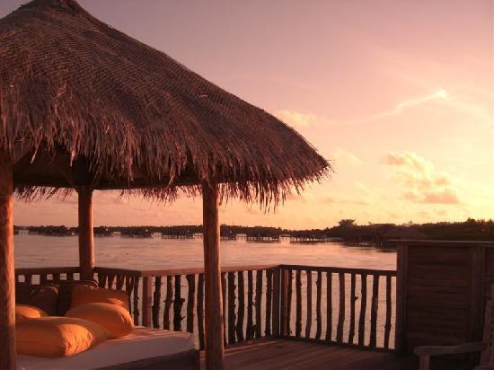 Gili Lankanfushi Maldives : sun deck