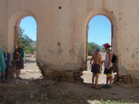 Baja Expeditions: The Pearl Diver's Casa