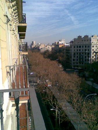 H10 Casanova: View of the Gran Via from Room 716