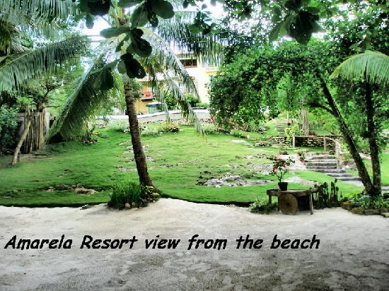 Amarela Resort: The View from the beach
