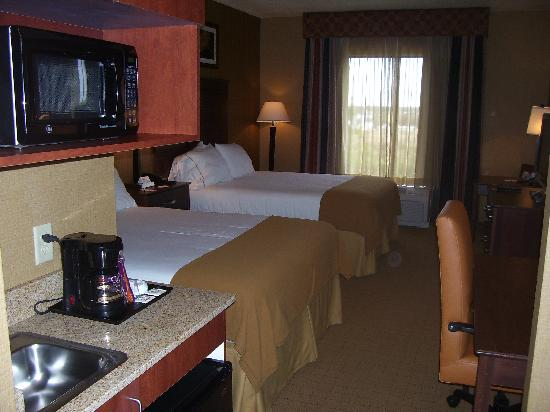 Holiday Inn Express Hotel & Suites Lake Placid: room