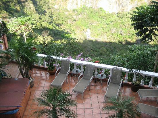 Casa Bella Rita Boutique Bed & Breakfast : View of the canyon
