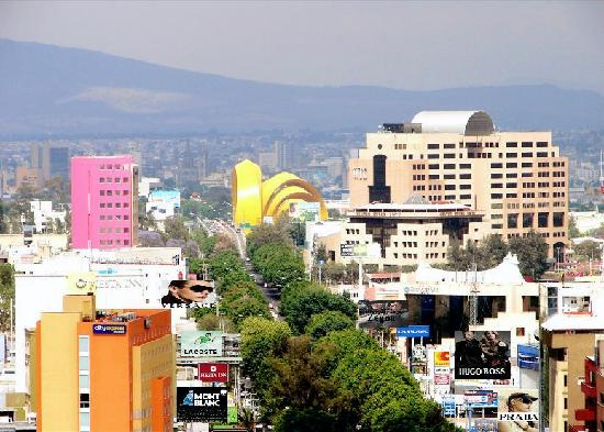 Guadalajara, Mexico: The colorful Otero Avenue