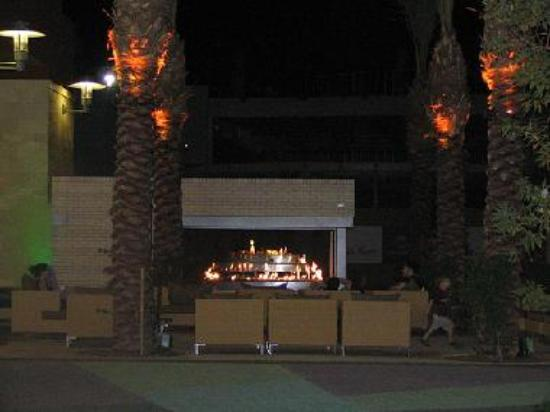 Tempe Marketplace at night