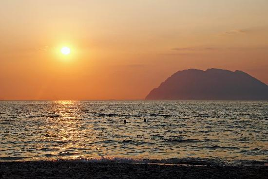 Airotel Achaia Beach : Fantastic sunset in a haze. The photo doesn't pass original impression