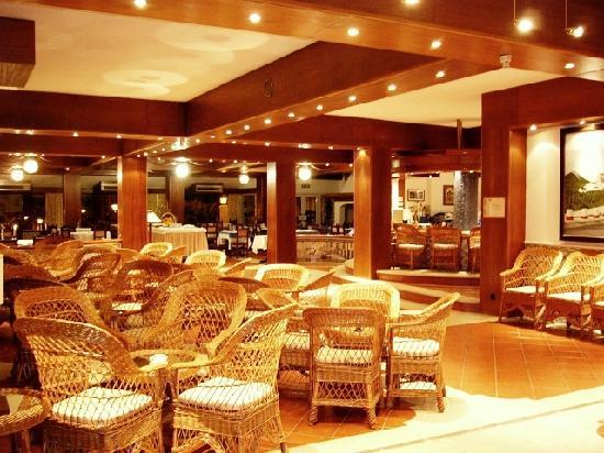 Hotel Sol e Serra: Bar y Restaurante