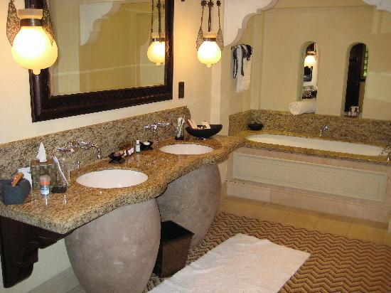 Jumeirah Dar Al Masyaf At Madinat Large His Hers Bathroom Separate Walk