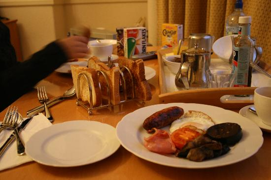 Abbey Lodge: You can take flully cookes English Breakfast