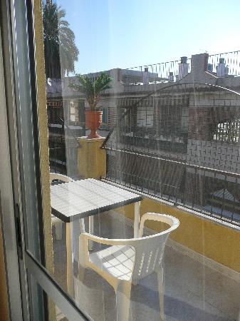 Arcotel Apartamentos : terraza