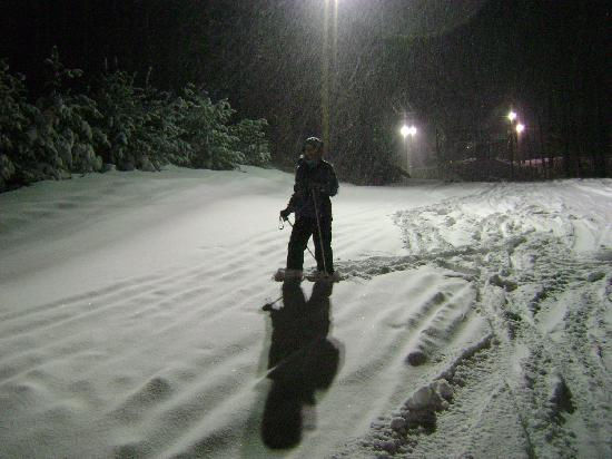 Purity Spring Resort: Night skiing in deep powder!
