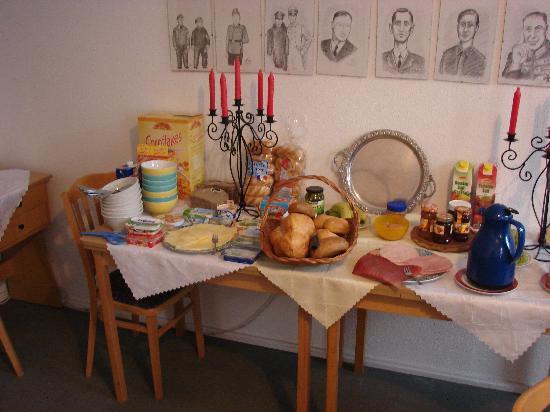 Alte Stadtmauer: Just part of the huge breakfast buffet selection