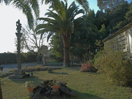 Hotel Pazo O'Rial: Detalle jardín