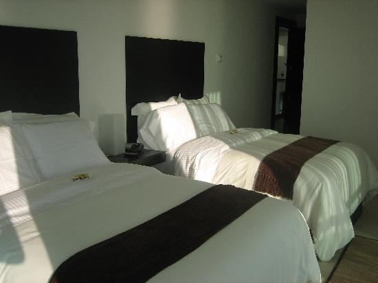 Porto Fino Bay View Grand: Nice Beds