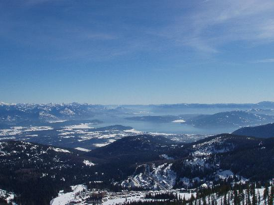 Schweitzer Mountain Resort Lodging: View of the village from the top of the lift