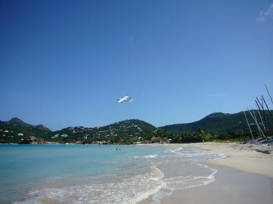 Hotel Emeraude Plage : St. Jean beach (take-off!)