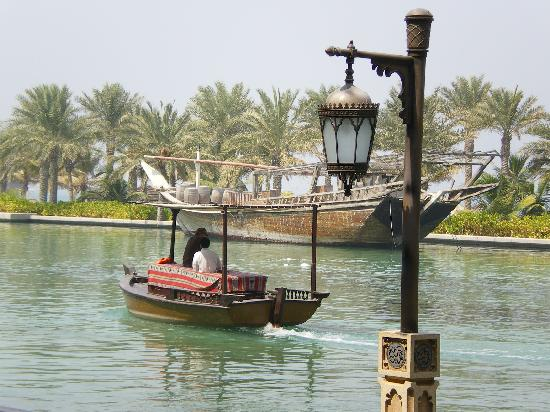 Jumeirah Mina A'Salam: Abra canal boat that takes you around the complex