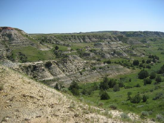 Medora, ND: One of a thousand gorgeous vistas on the MDH trail