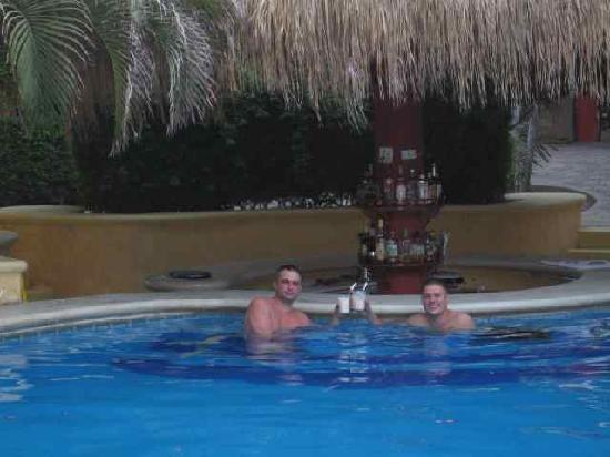 Comfort Inn Los Cabos: Pool Bar