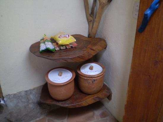 Lush Atitlan: Ecological trash cans