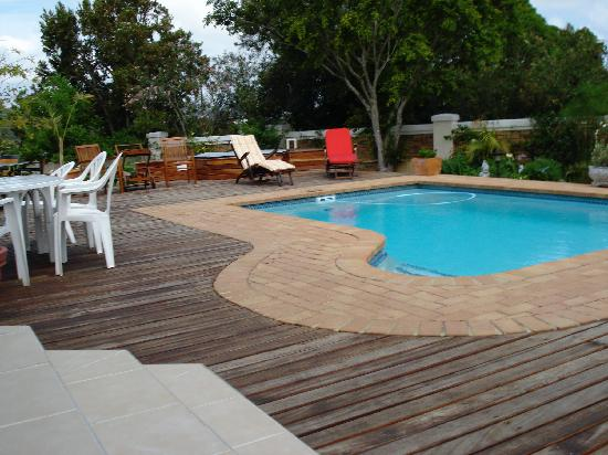 Candlewood Lodge: Candlewood Pool and Jacuzzi