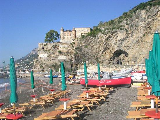 Hotel San Francesco: Beach & Harbour