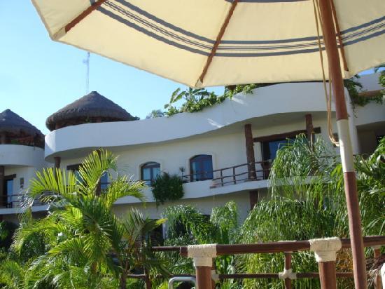 Porto Playa Condo Hotel Beachclub Tropical Lush Atmosphere