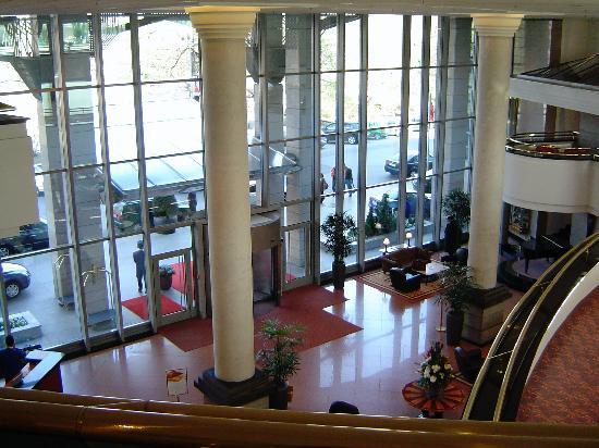 Kempinski Hotel Corvinus Budapest: Lobby area
