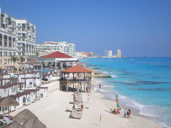 Flamingo Cancun Resort Beach At Hotel