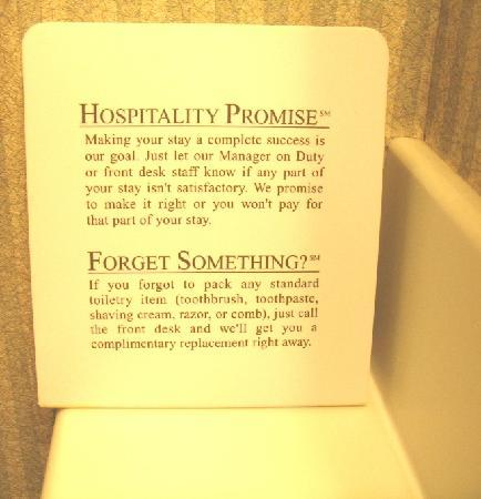 Holiday Inn Westbury : Hospitality Promise Sign