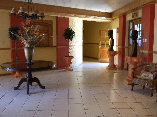 Lancer's Inn: Lobby of Lancers Inn