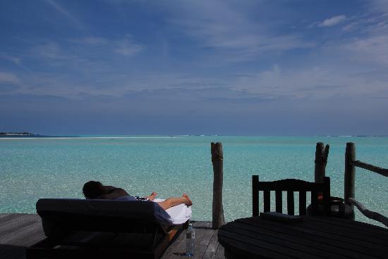 COMO Cocoa Island: the one half day of sunshine!