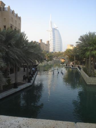 Burj Al Arab Jumeirah: View from the shopping centre