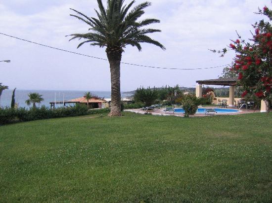 Alekata Villas: Alekats Villas pool