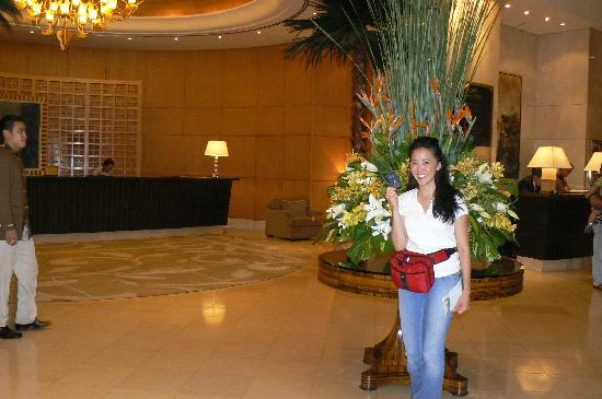 Caravelle Saigon: The fancy lobby