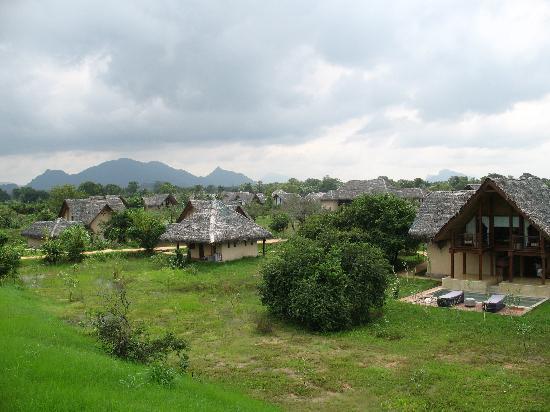 Jetwing Vil Uyana : View across Vil Uyana