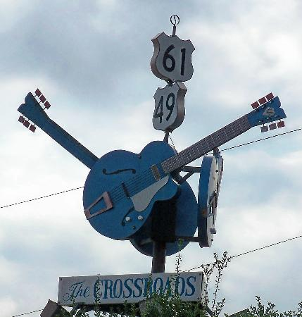 Clarksdale, MS: The Crossroads
