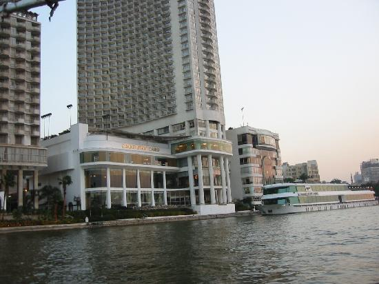 Grand Nile Tower: Hyatt viewed from the Nile