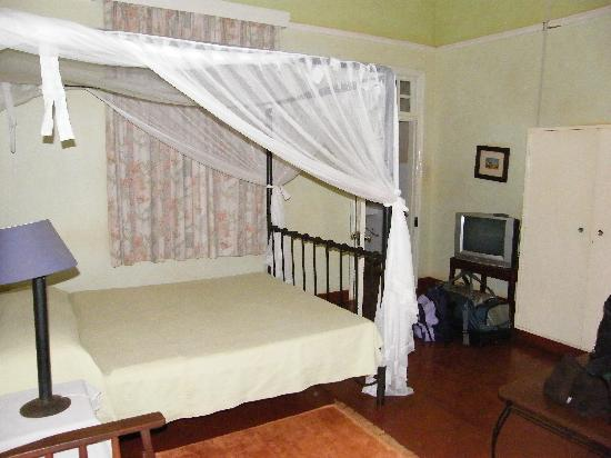 Masindi Hotel : Bed room