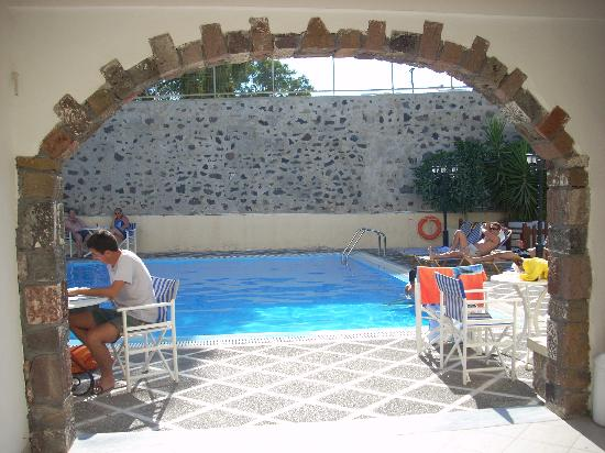 Sunrise Hotel: la piscina...