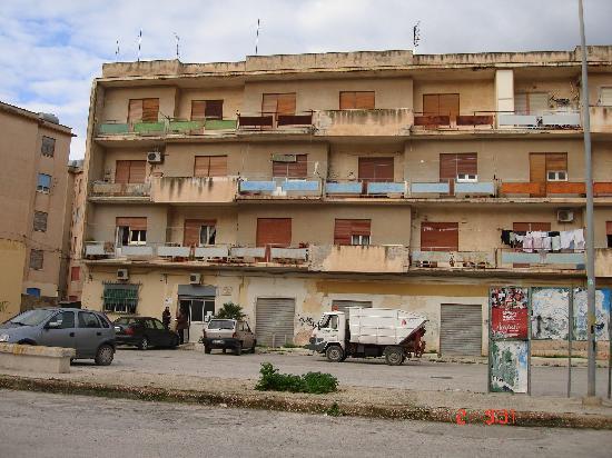 Erice Hotel : otra vista de los alrededores