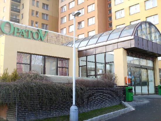 Opatov Hotel: hotel opatov
