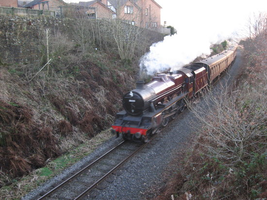 Бери, UK: East Lancs Railway, Leander approaching Rawtenstall, Lancashire, UK