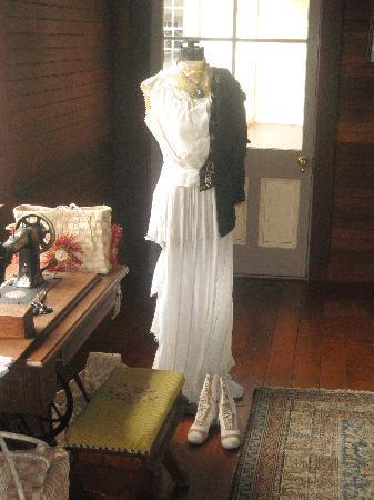 Apia, Samoa: Mrs. Stevenson 's dress in her room my fav shot