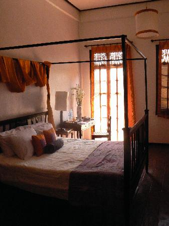 The Apsara : The orange room